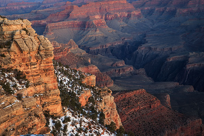 Mather Point before sunrise