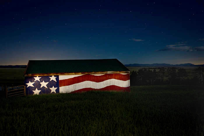 This patriotic barn is located just off US 285 on County Road 5 on the way to Weston Pass