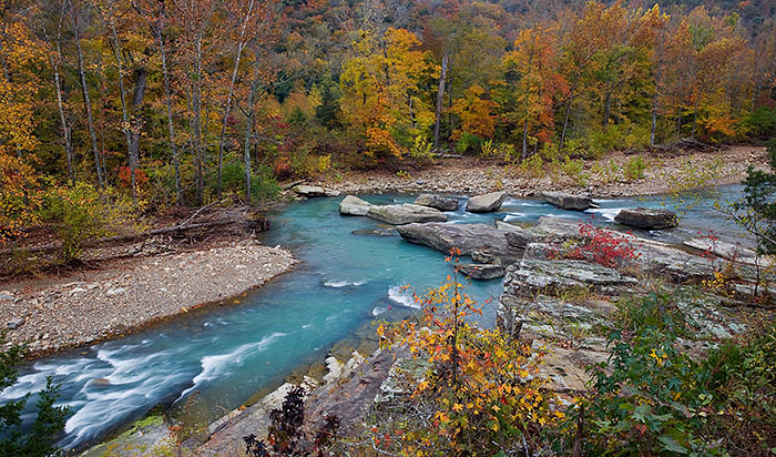 Fall colors at Little Whiplash rapid on The Little Mulberry River
